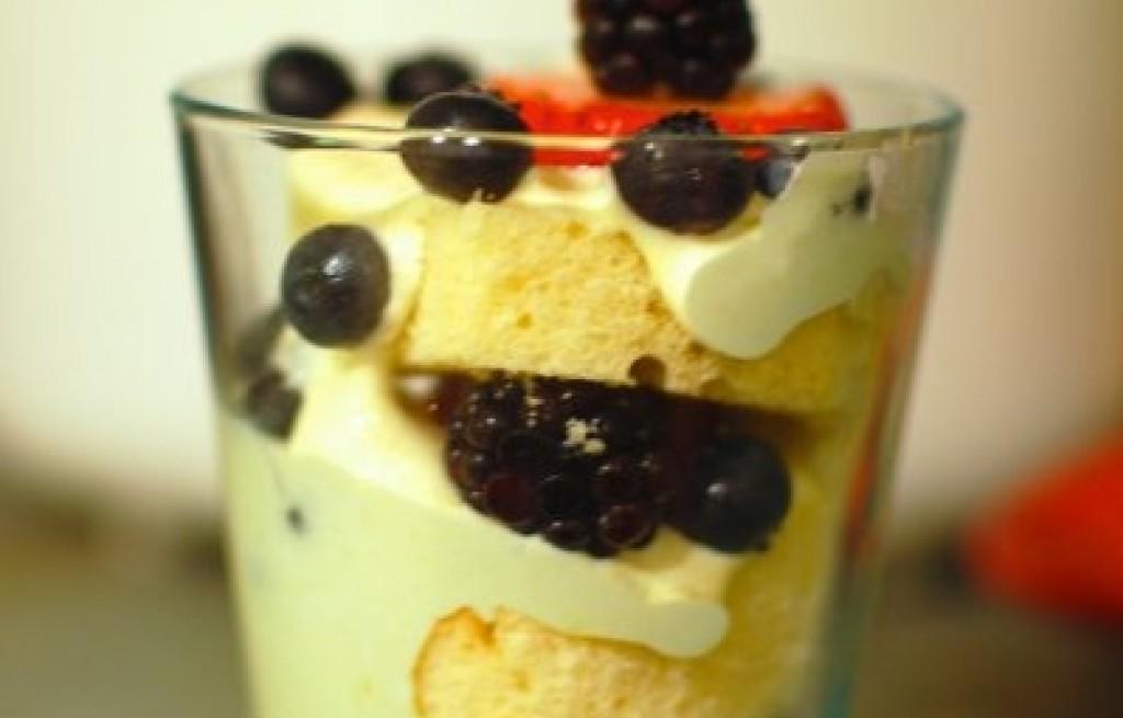 Deser owocowo-cytrynowy