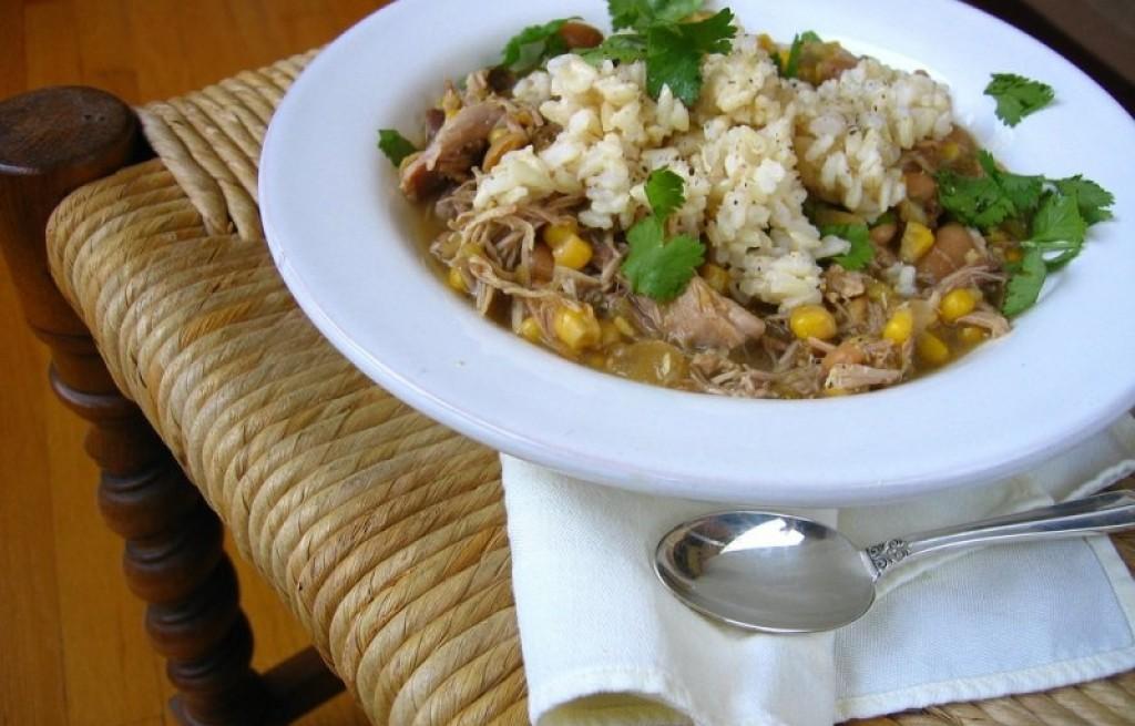 Potrawka z indyka fasoli, kukurydzy i ryżu