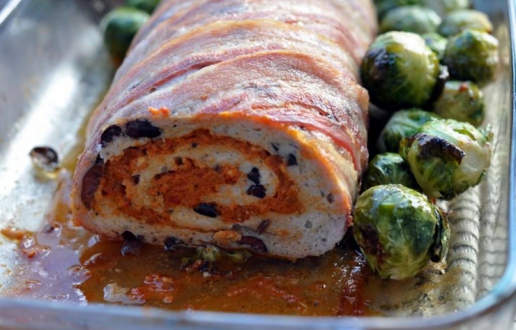 Rolada mięsna z oliwkami i brukselką