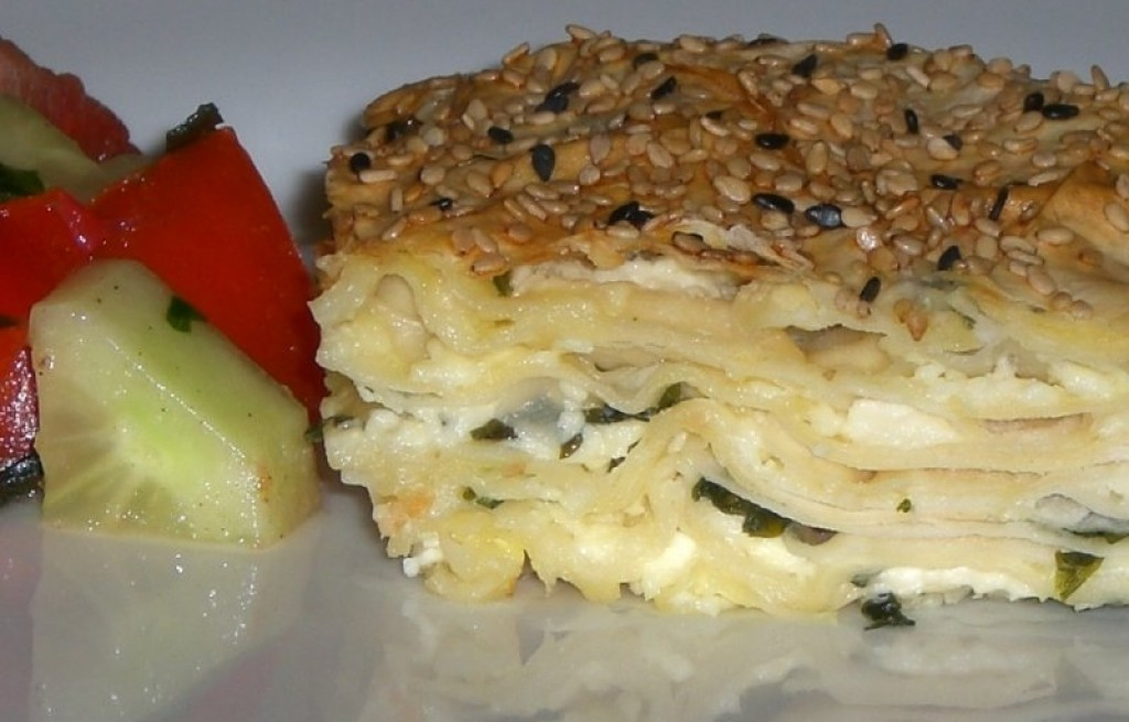 Börek z serem i warzywami