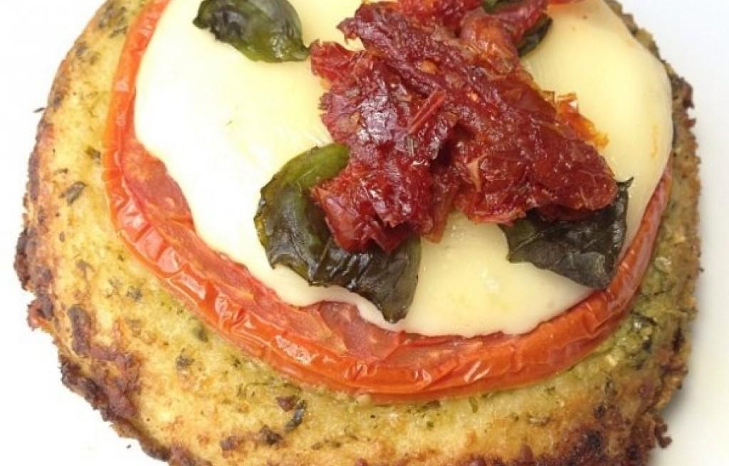 Bułki pomidorowe z serem