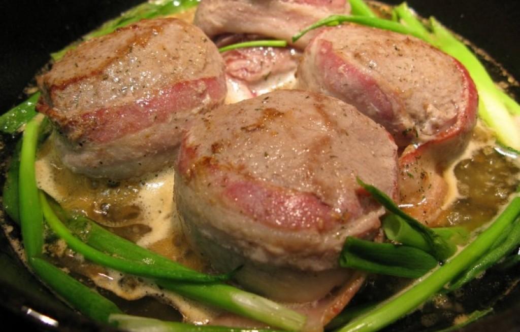 Zrazy mięsne w sosie pieczarkowym