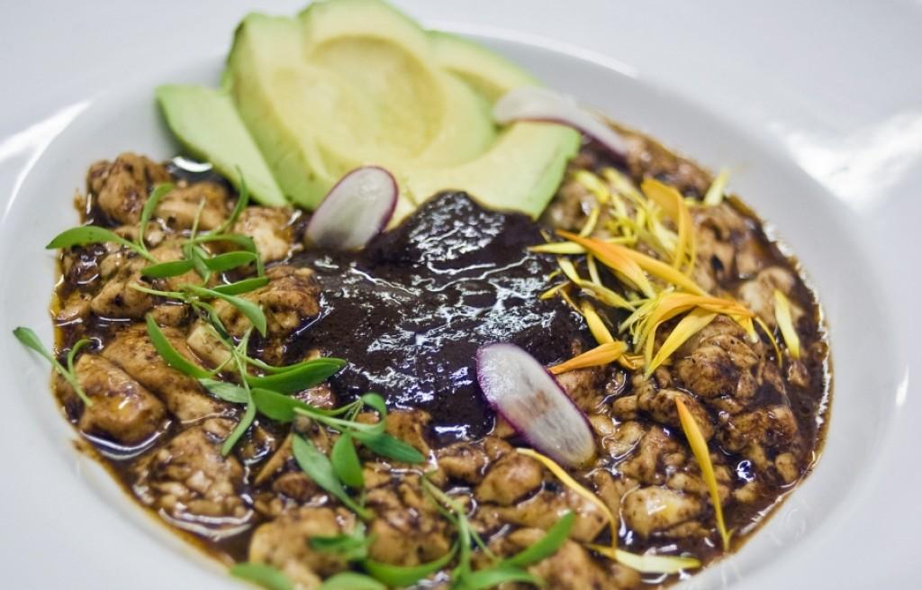 Tofu w sosie czekoladowym