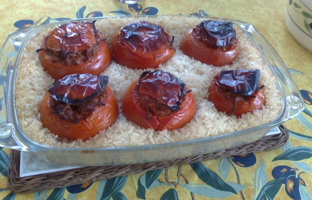 Pomidory zapiekane z mięsem i ryżem