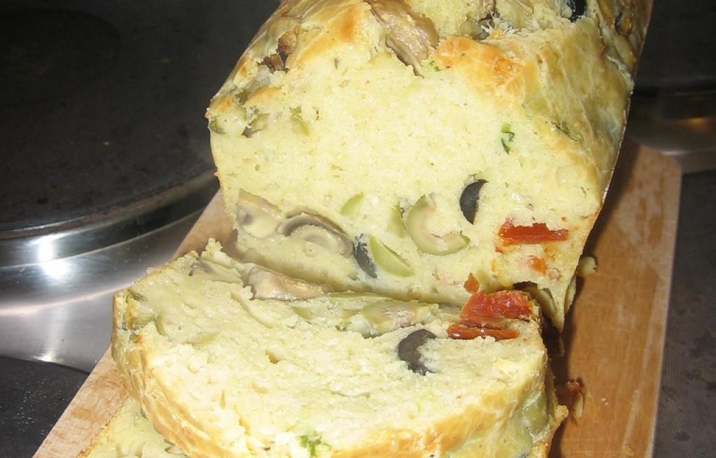 Ciasto oliwkowo-pieczarkowe