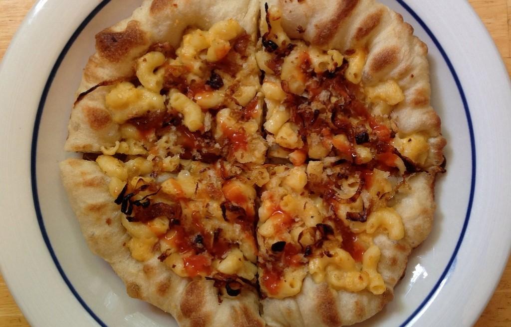 Pizza makaronowa