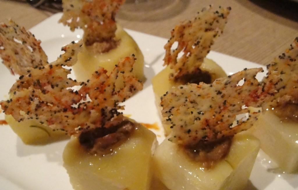 Ziemniaki z pieczarkami, marchewka i oregano