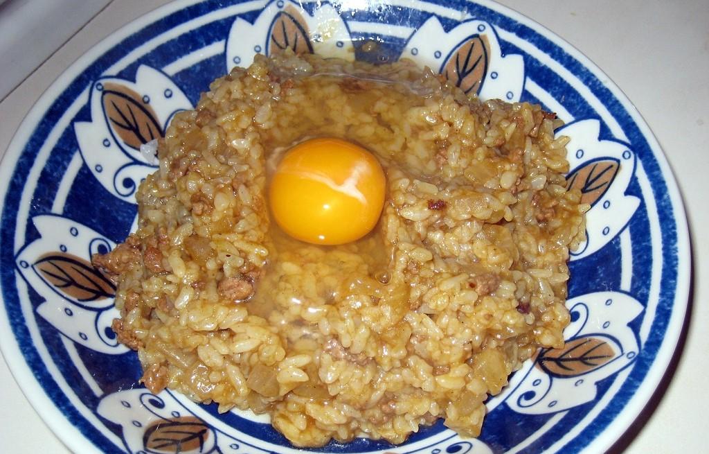 Ryż z poledwicą i jajkiem w curry