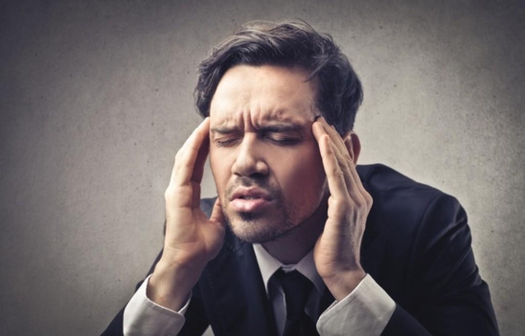 Migrena - jakiego jedzenia unikać, a jakie jeść?