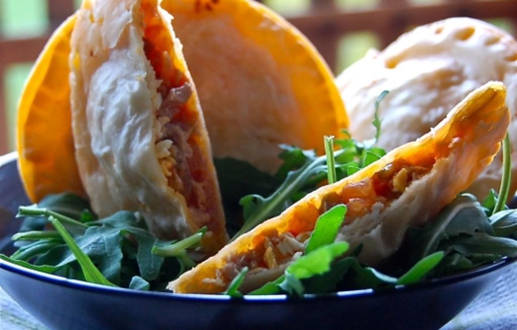 Empanadillas z tuńczykiem