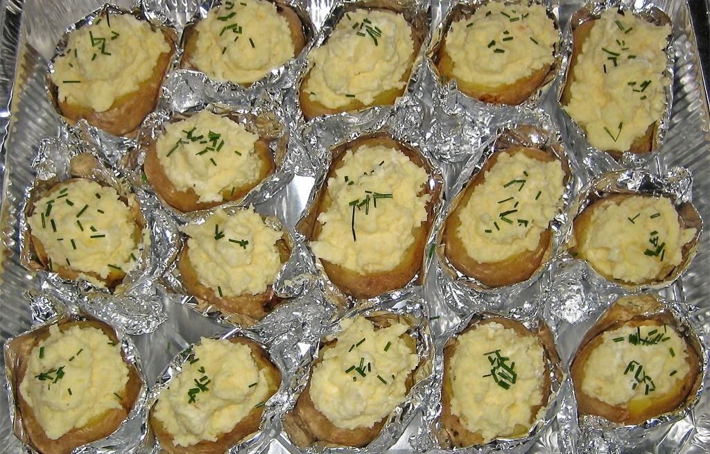 Ziemniaki pieczone faszerowane