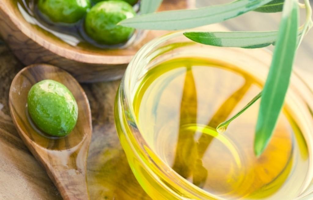 """""""Złoty płyn"""" - ciekawostki o oliwie z oliwek"""