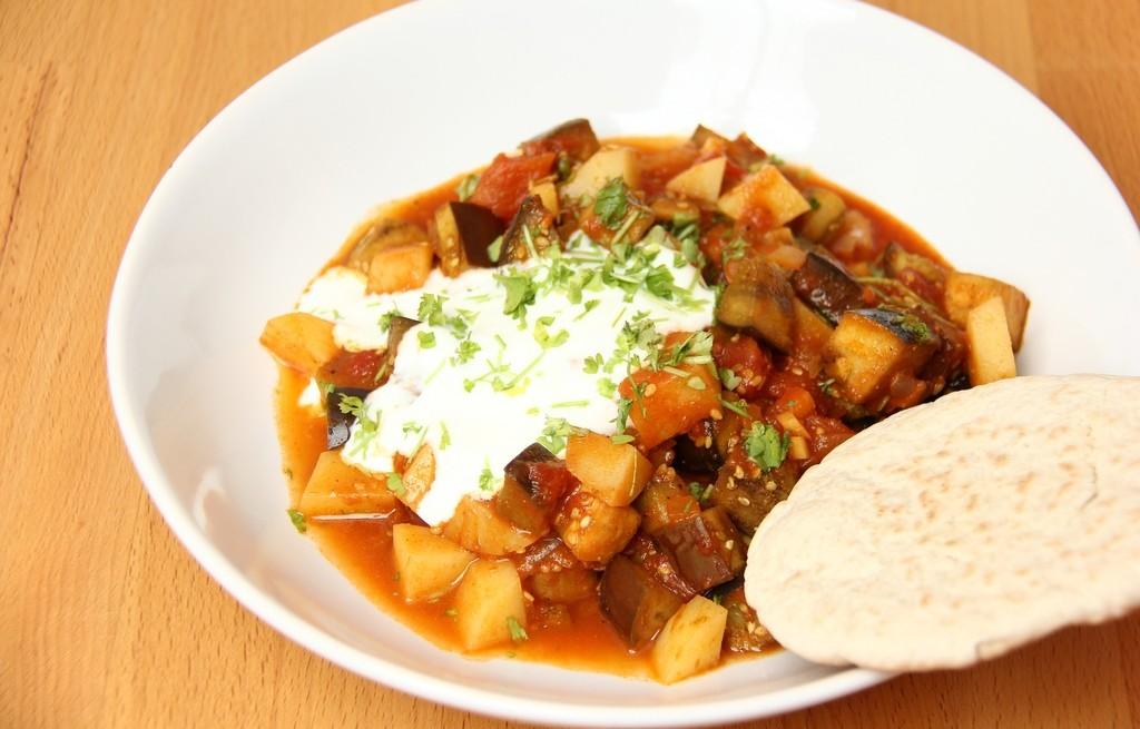 Ziemniaki z bakłażanem w curry