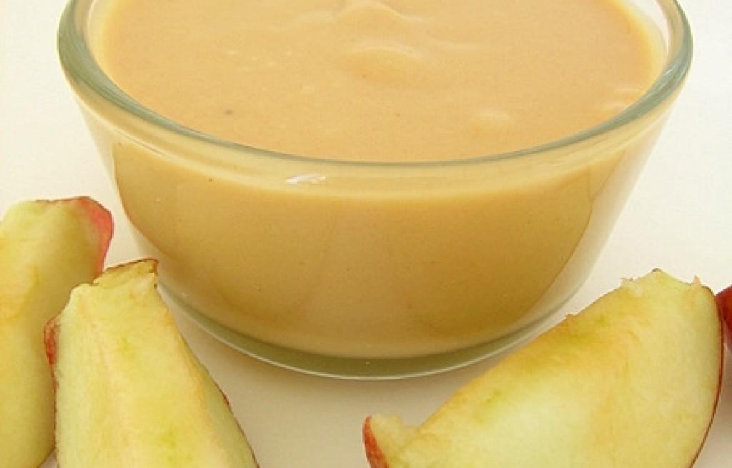 Masło orzechowe z serem i jabłkiem