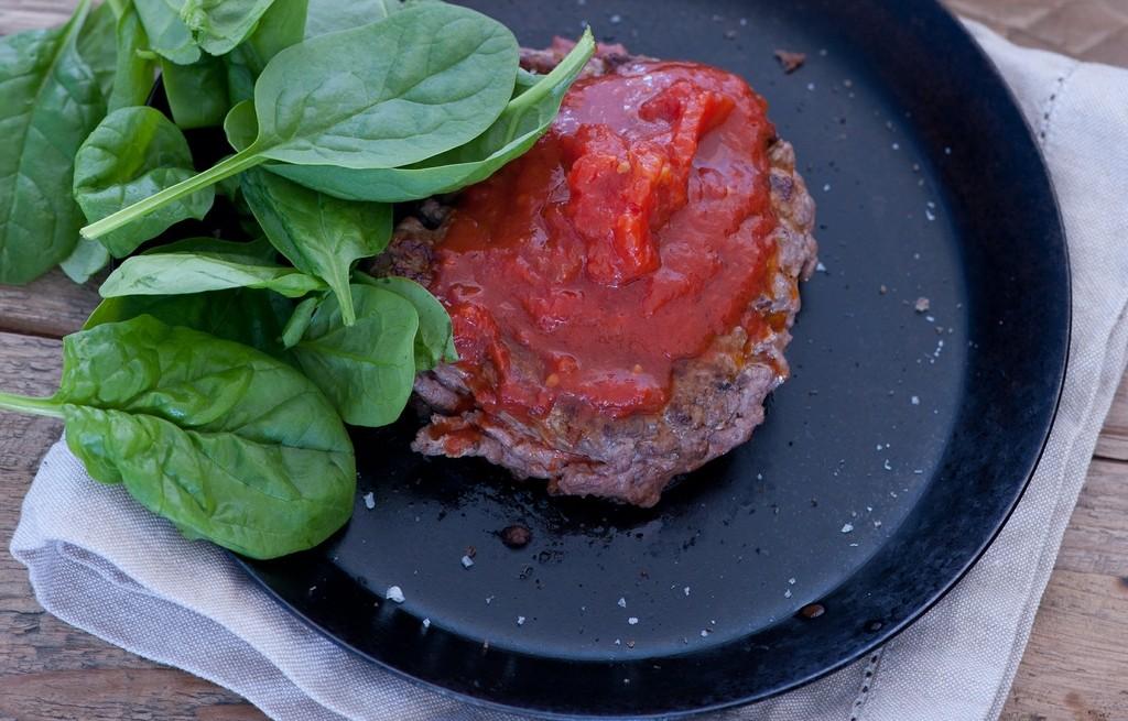 Burgery w sosie pomidorowym