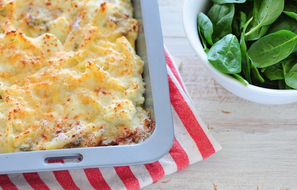 Zapiekanka z sera, macy i kalafiora