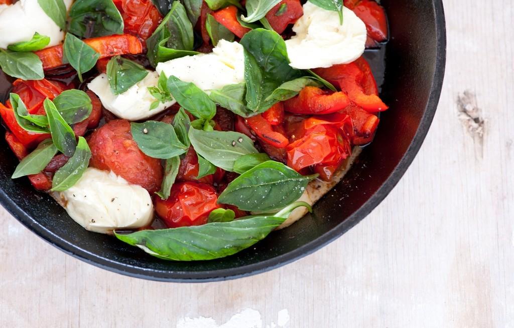 Pomidorki zapiekane z mozzarellą