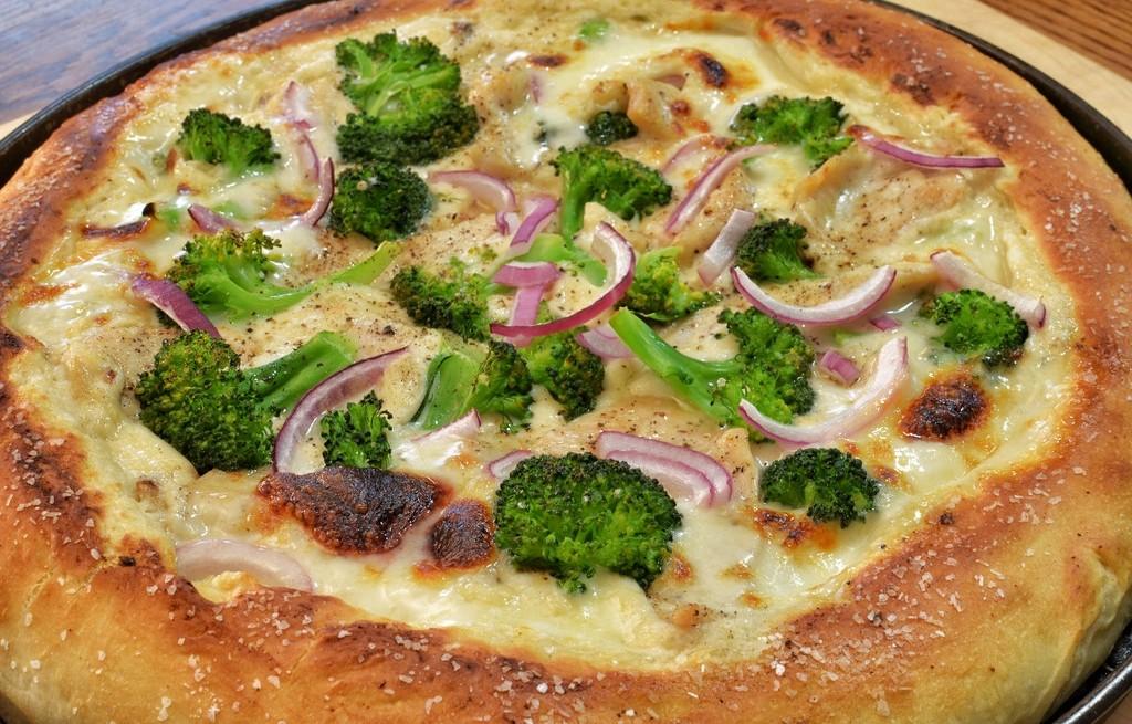 Ciasto brokułowo-serowe