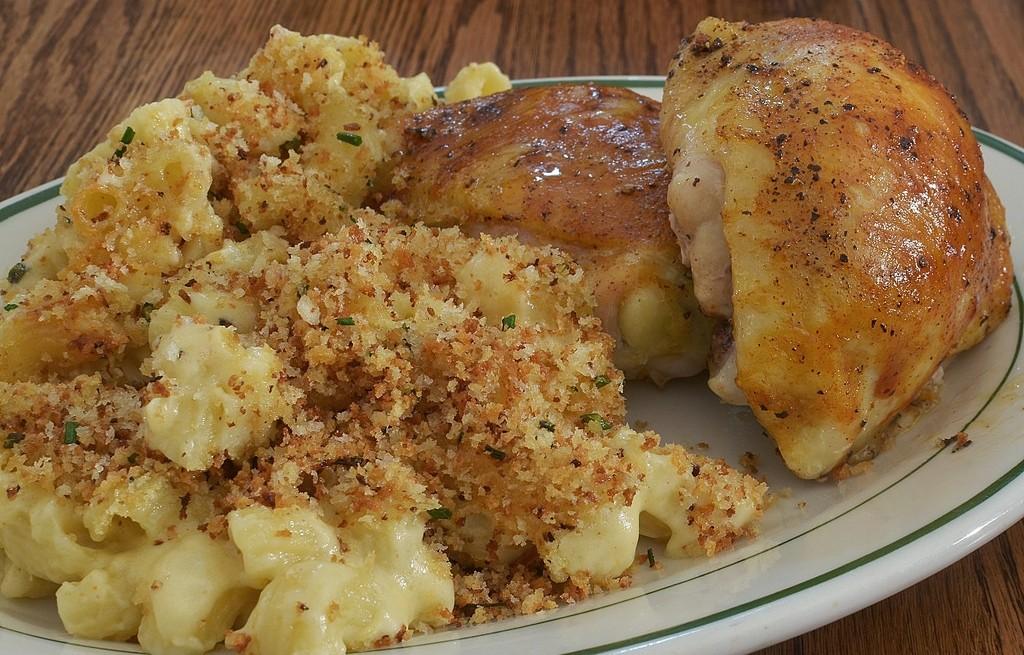 Kurczak z kalafiorem, serem i czosnkiem