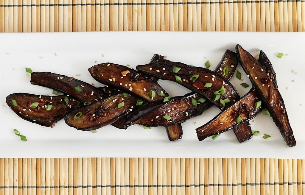 Bakłażan smażony w sosie sojowym