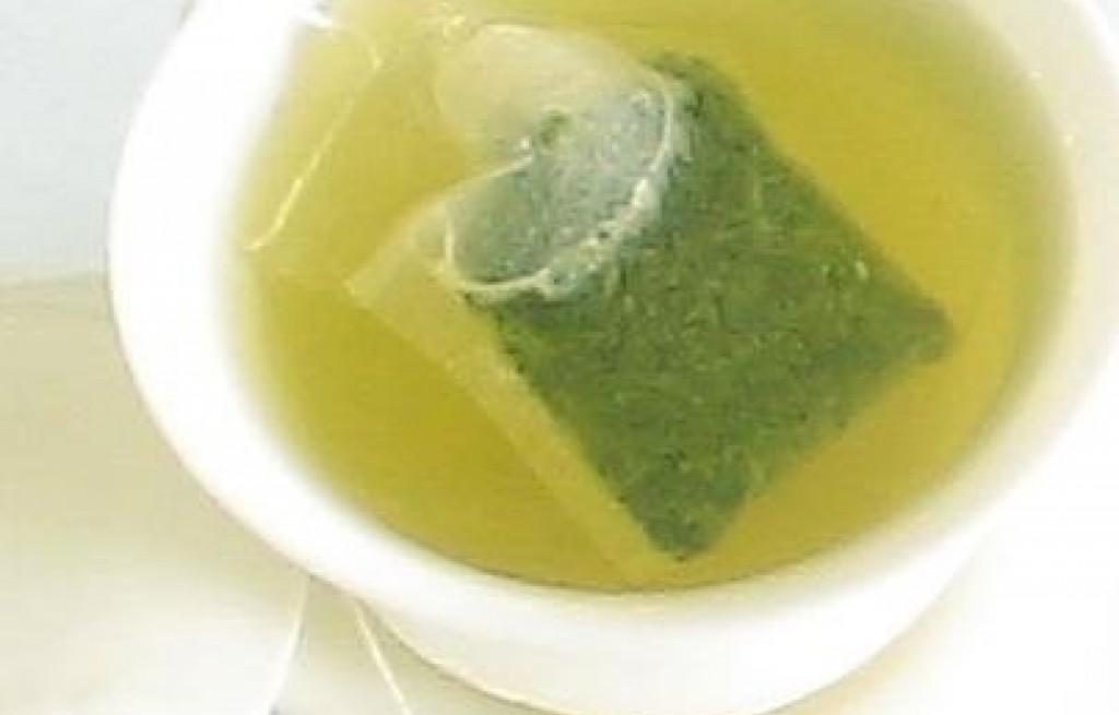 Serwatka z zieloną herbatą