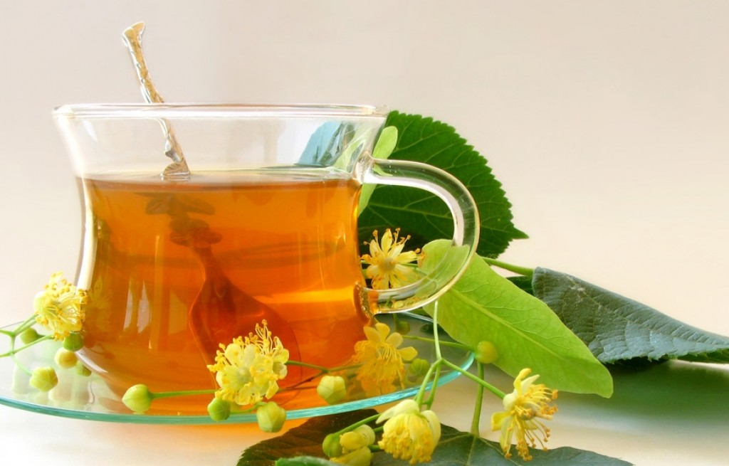 Herbaty z ziół: jakie wybrać na jakie dolegliwości?