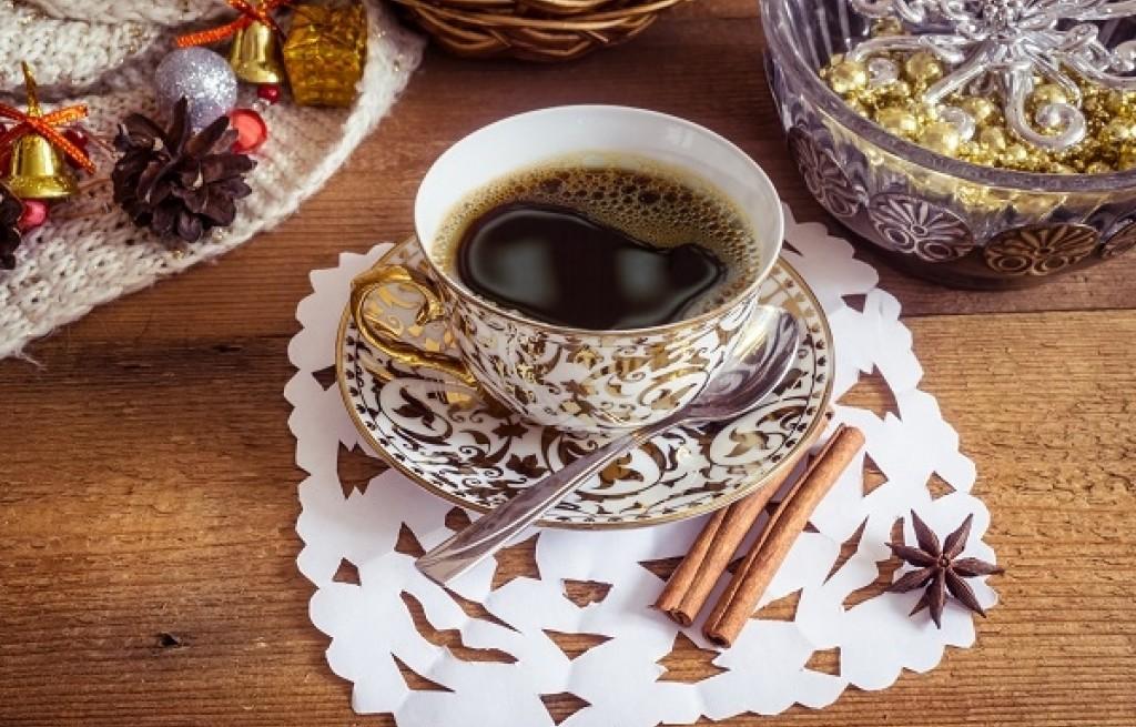 Rozgrzewający napój na zimowe dni – Cykoriada BLACK-HOT