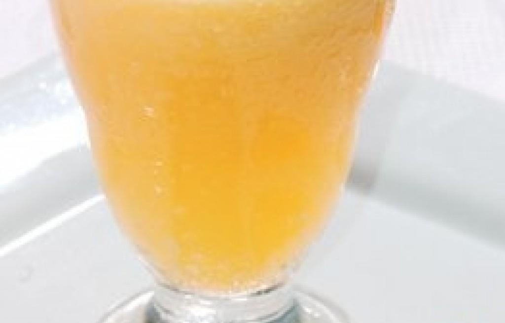Koktajl ananasowy