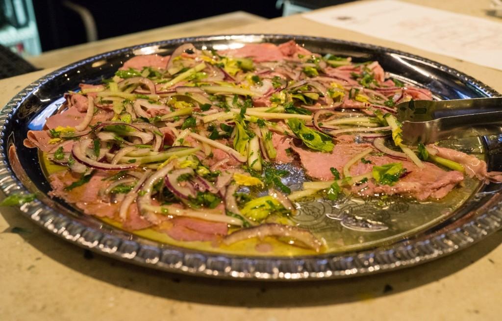 Wędzonka z selerem i cebulą w oliwie