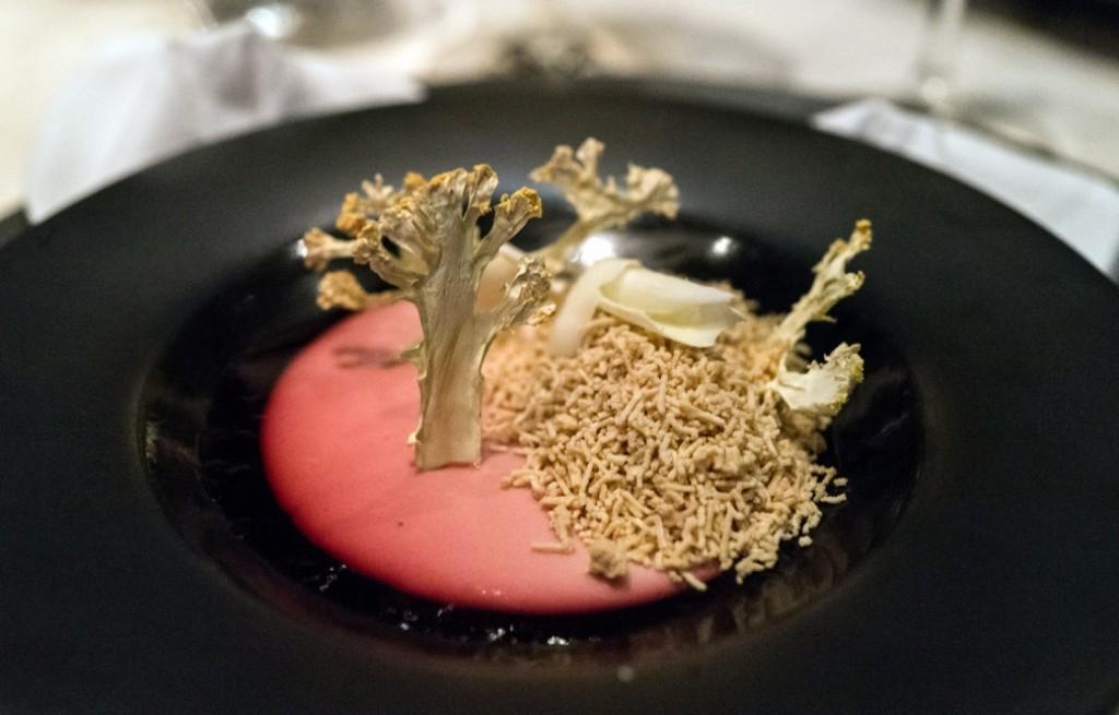 Kalafior z foie gras w zalewie truskawkowej