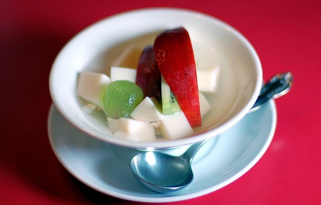 Deser owocowy z tofu