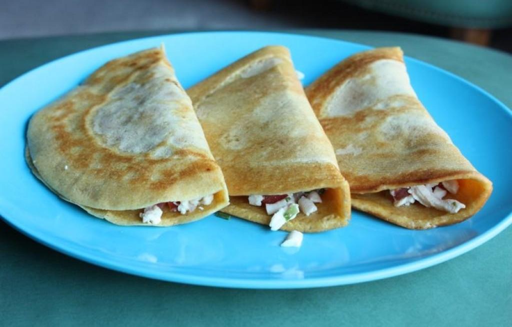 Naleśniki z ciecierzycy i tofu
