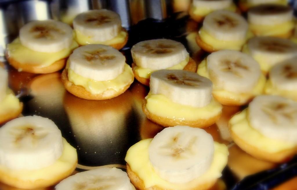 Biszkopty budyniowo-bananowe