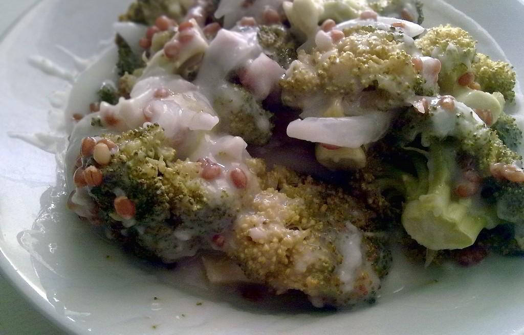 Brokuły z pszenicą w sosie beszamelowym
