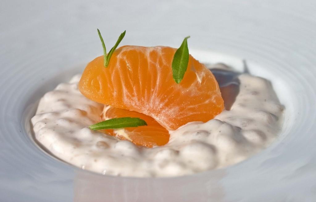 Deser z tapioki i pomarańczy