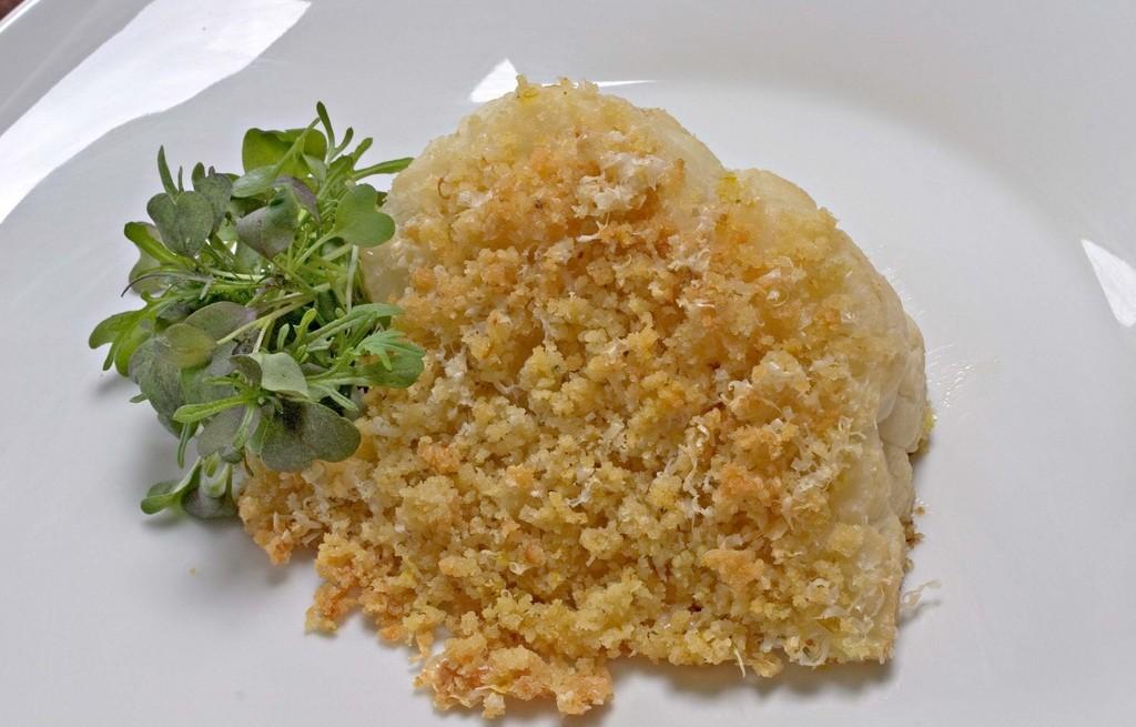 Kalafior zapiekany z ziołami