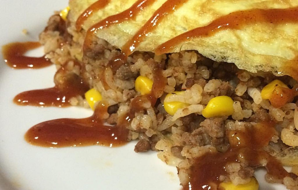 Omlet z ryżem i mięsem