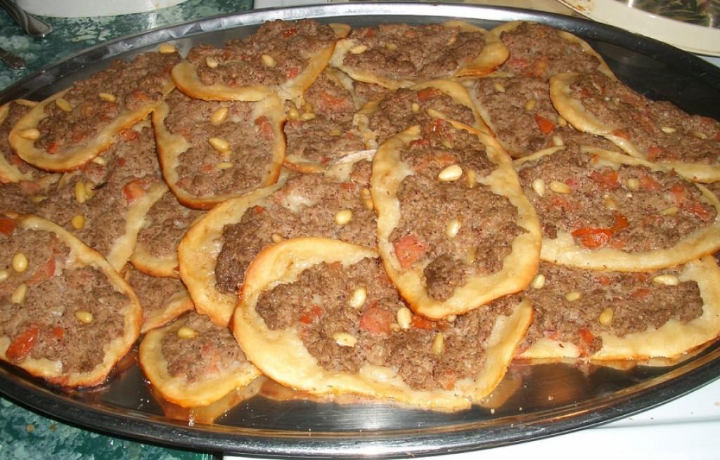 Sfiha - placki z mięsem