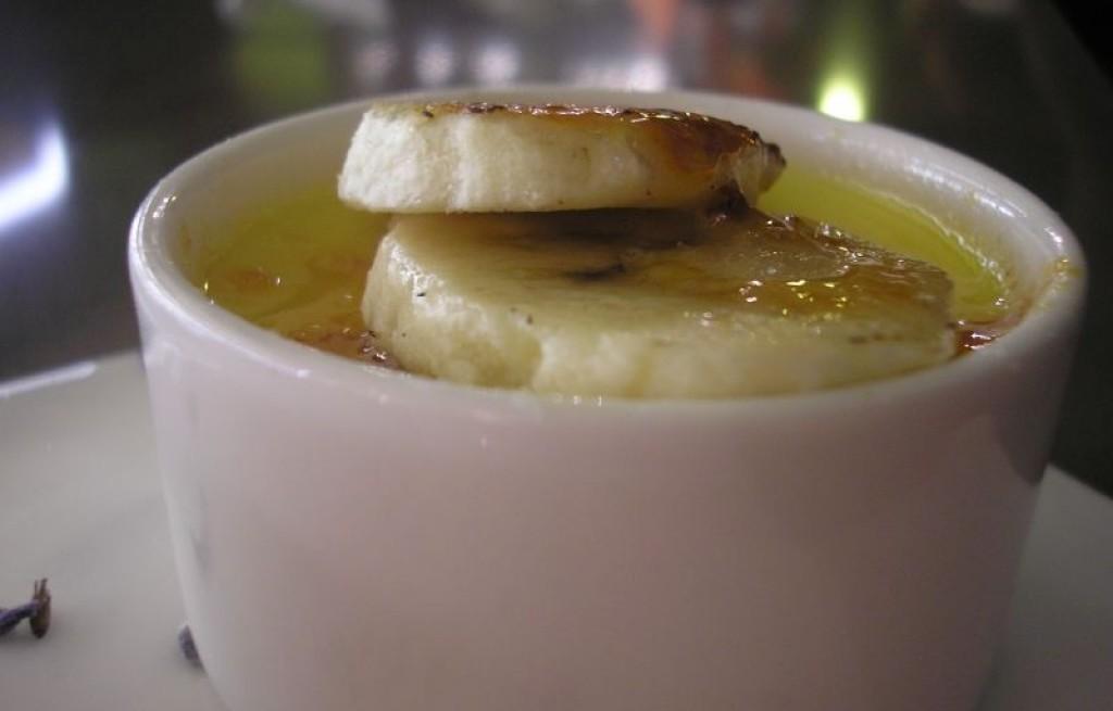 Kisiel cytrynowy z karmelizowanymi bananami
