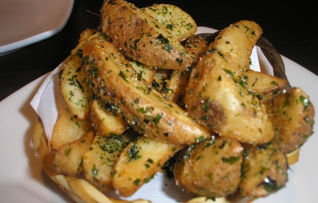 Ziemniaki smażone z miodem i koperkiem