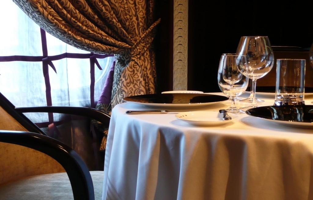Savoir-vivre - jak zachowywać się przy stole?