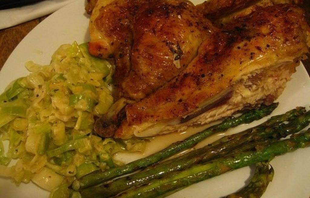 Zapiekanka z kurczaka i szparagów